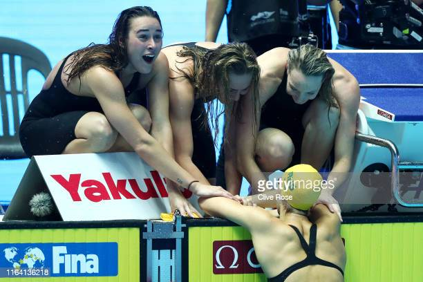 Team Australia celebrates as they set a new world record of 74150 in the Women's 4x200m Freestyle Final on day five of the Gwangju 2019 FINA World...