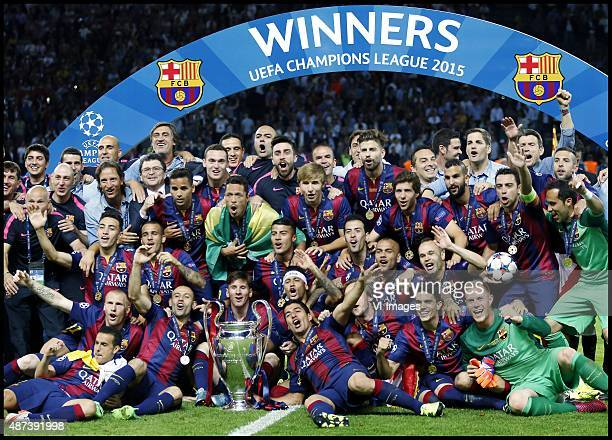 Team Barcelona celebrating the Champions League final victory. During the UEFA Champions League final match between Barcelona and Juventus on June 6,...