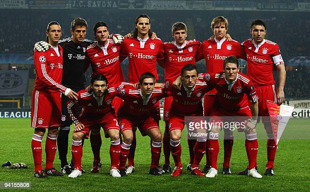 Team Bayern poses for a team photo ahead the UEFA Champions League Group A match between Juventus Turin and FC Bayern Muenchen at Stadio Olimpico on...