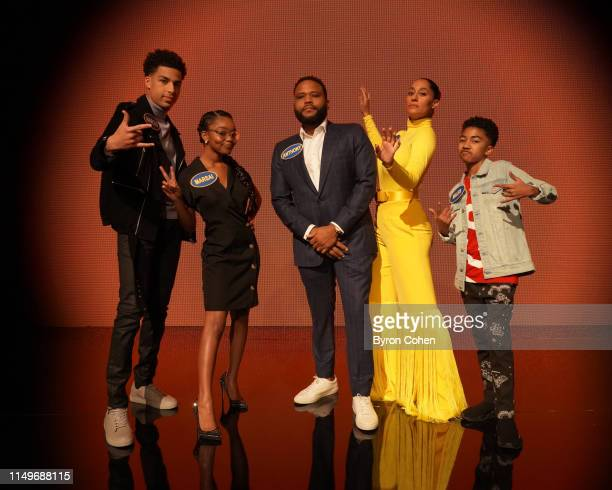FEUD Team 'blackish' vs Team 'The Goldbergs' Anthony Anderson Tracee Ellis Ross Jeff Garlin and members of their respective ABC Television families...
