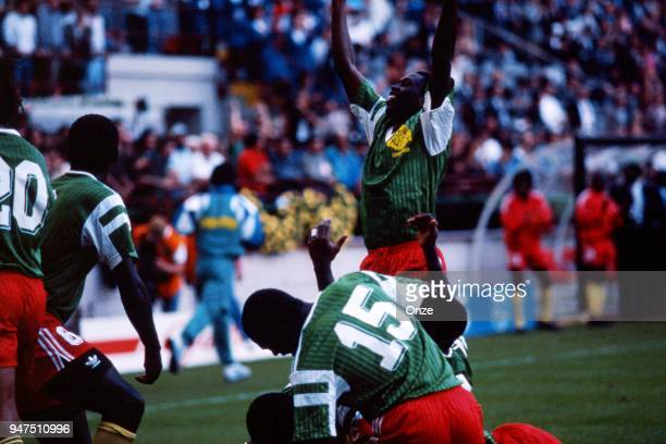 Team Cameroon celebrates during the opening match of the 1990 World Cup between Cameroon and Argentina at Stade Giuseppe Meazza Milano Italy on June...