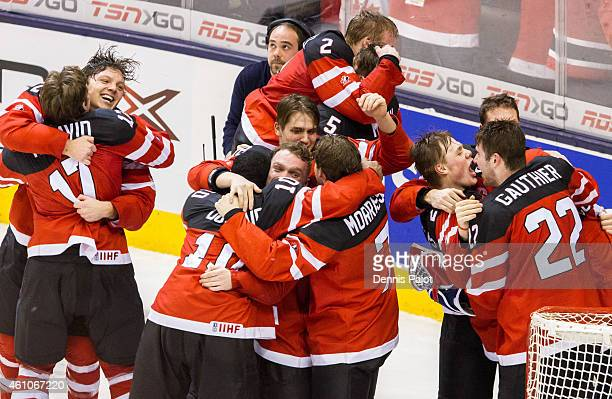 Team Canada celebrates the win over Russia during the Gold medal game of the 2015 IIHF World Junior Championship on January 05 2015 at the Air Canada...