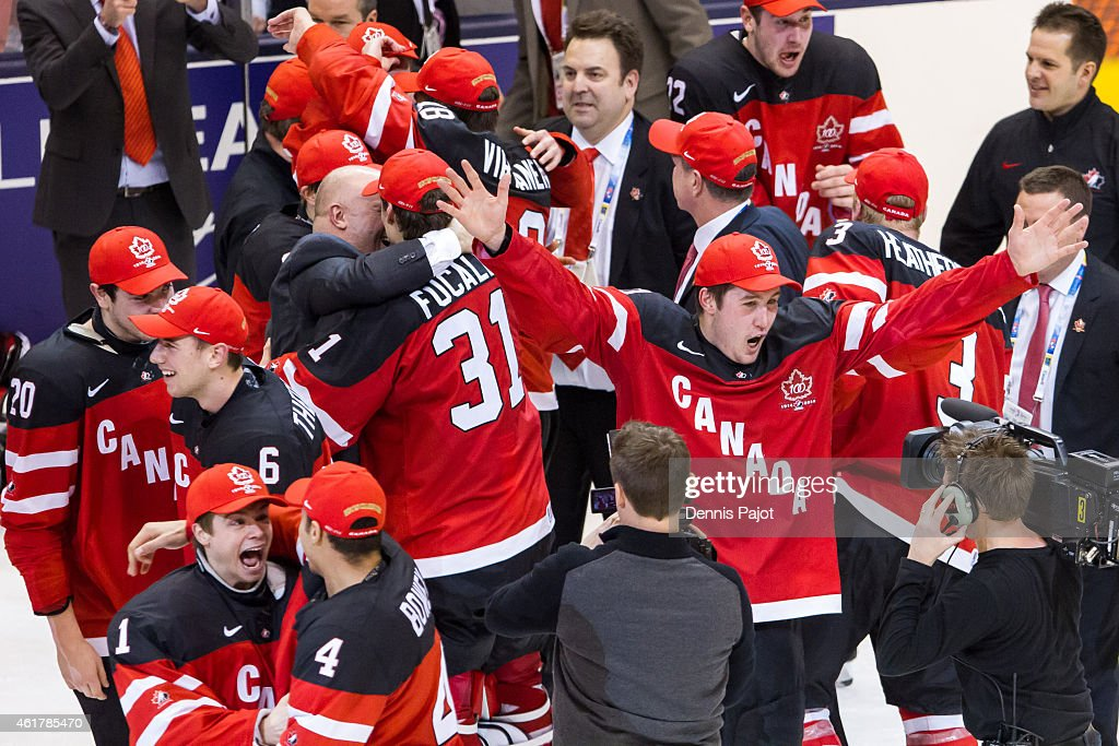 Gold Medal - 2015 IIHF World Junior Championship : News Photo
