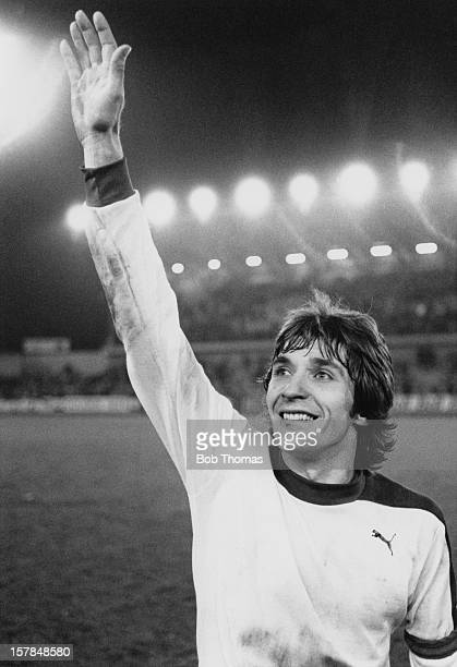 Team captain Fons Bastijns of Club Brugge KV waves to his fans as he leaves the field after extra time during the European Cup SemiFinal between...