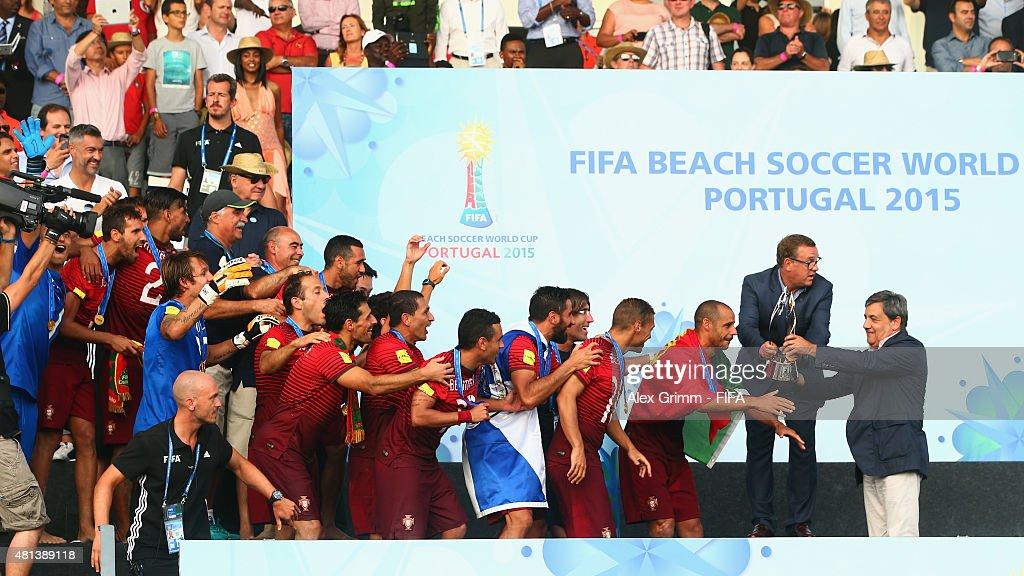 Tahiti v Portugal: Final - FIFA Beach Soccer World Cup : News Photo