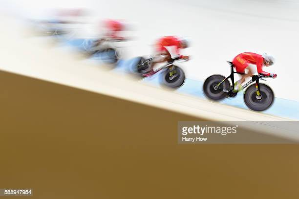 Team China competes in the Men's Team Pursuit on Day 7 of the Rio 2016 Olympic Games at the Rio Olympic Velodrome on August 12 2016 in Rio de Janeiro...