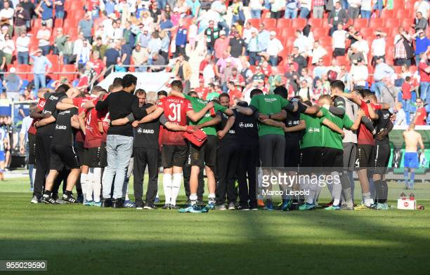 team circle of Hannover 96 after the Bundesliga game between Hannover 96 and Hertha BSC at HDI Arena on May 5 2018 in Hannover Germany