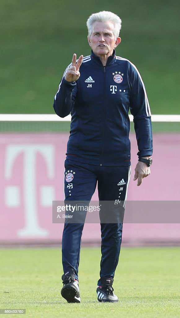 Team coach Jupp Heynckes of FC Bayern Muenchen gestures during a training session at the Saebener Strasse training ground on October 12, 2017 in Munich, Germany.