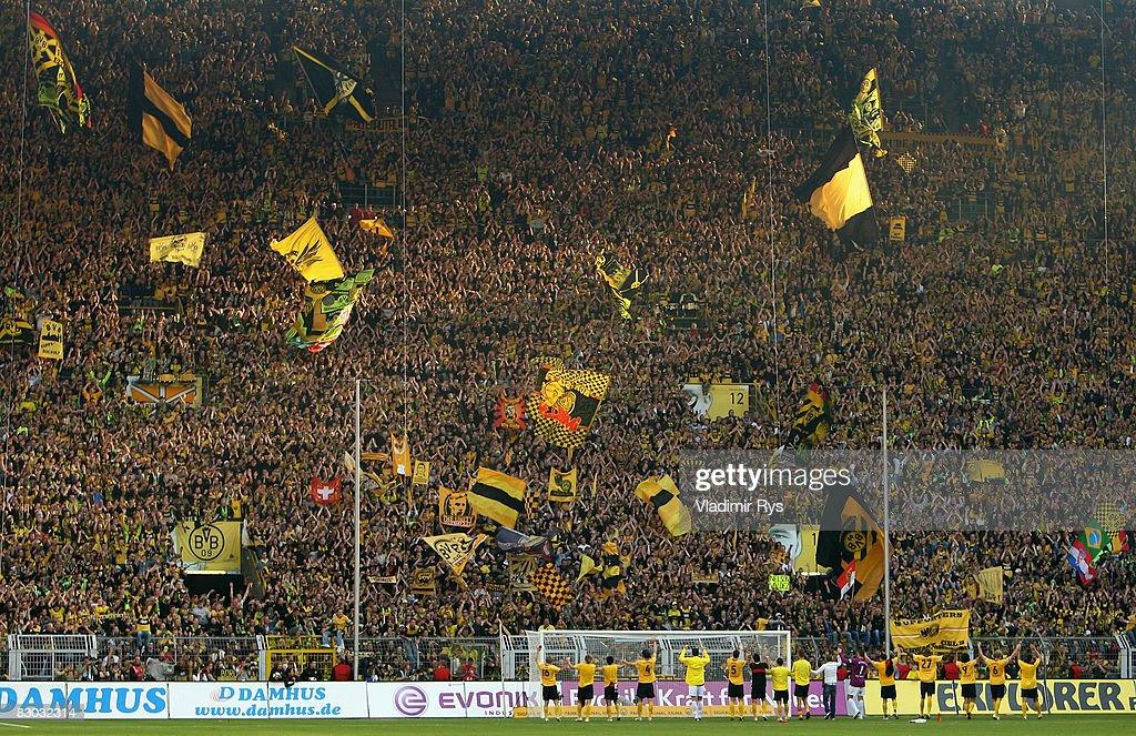 Borussia Dortmund v VfB Stuttgart - Bundesliga : ニュース写真