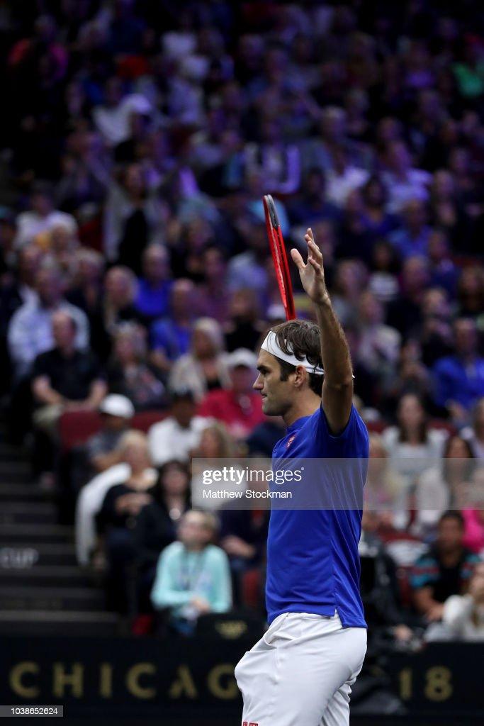 Roger Federer v John Isner : News Photo
