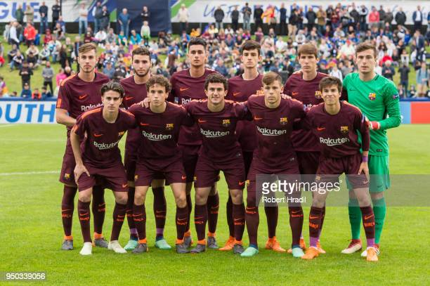 Team FC Barcelona poses for the team photo during the UEFA Youth League Final match between Chelsea FC and FC Barcelona at Colovray Sports Centre on...