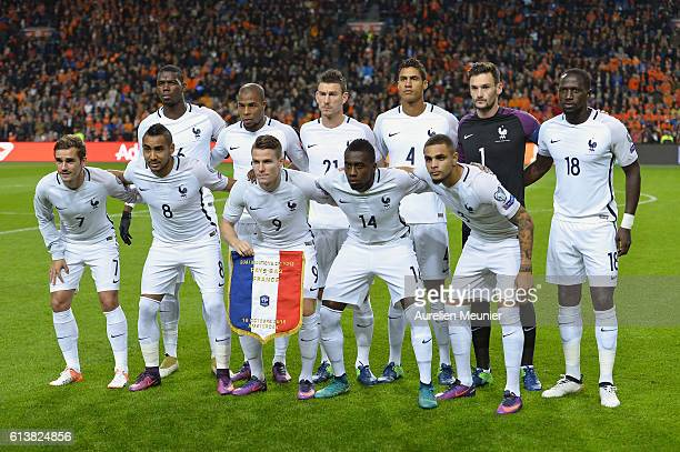 Team France pose before the FIFA 2018 World Cup Qualifier match between France and The Netherlands at Amsterdam Arena on October 10 2016 in Amsterdam