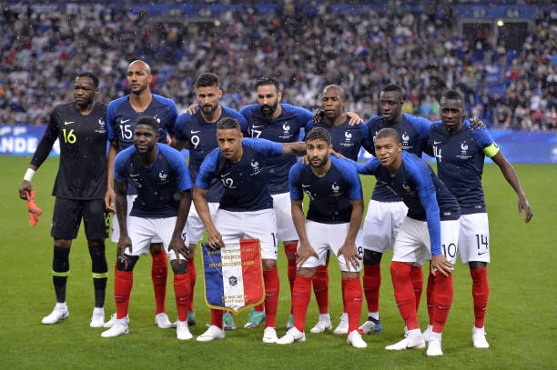 "U Francuskoj nožem ubio policajku, vikao ""Allahu Akbar"" - Page 2 Team-france-pose-before-the-national-anthem-before-the-international-picture-id963405726?k=6&m=963405726&s=612x612&w=0&h=3-CfZdA4O_MxBRcHy7uAYOaVCOrxc7N0256lIwI9qBg="