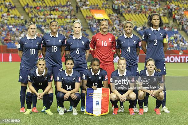 Team France poses for a team photo prior to their match against Korea during the FIFA Women's World Cup Canada 2015 round of 16 match between France...