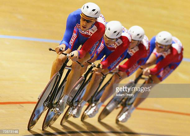 Team Great Britain lead by Paul Manning in action during qualifying for the mens team pursuit during day three of the UCI Track Cycling World...