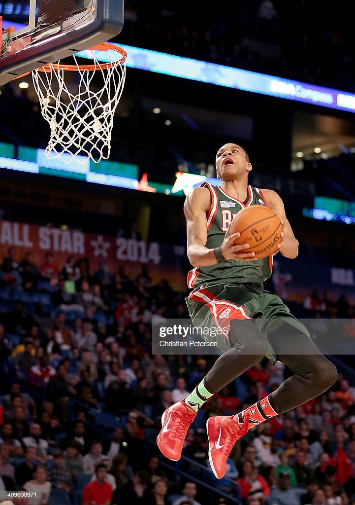 Team Hill's Giannis Antetokounmpo #34 of the Milwaukee Bucks dunks in the fourth quarter against Team Webber during the BBVA Compass Rising Stars Challenge 2014 as part of the 2014 NBA Allstar Weekend at the Smoothie King Center on February 14, 2014 in New Orleans, Louisiana.