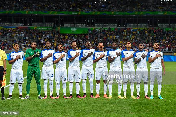 Team Honduras stands at attention during pregame ceremonies before playing against Republic of Korea during the Men`s Football Olympics at Mineirao...