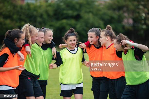 team huddle - sport stock pictures, royalty-free photos & images