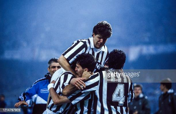 Team Juventus celebrate his goal during the UEFA Cup Final second leg match between Juventus Turin and Borussia Dortmund at Stadio delle Alpi Turin...