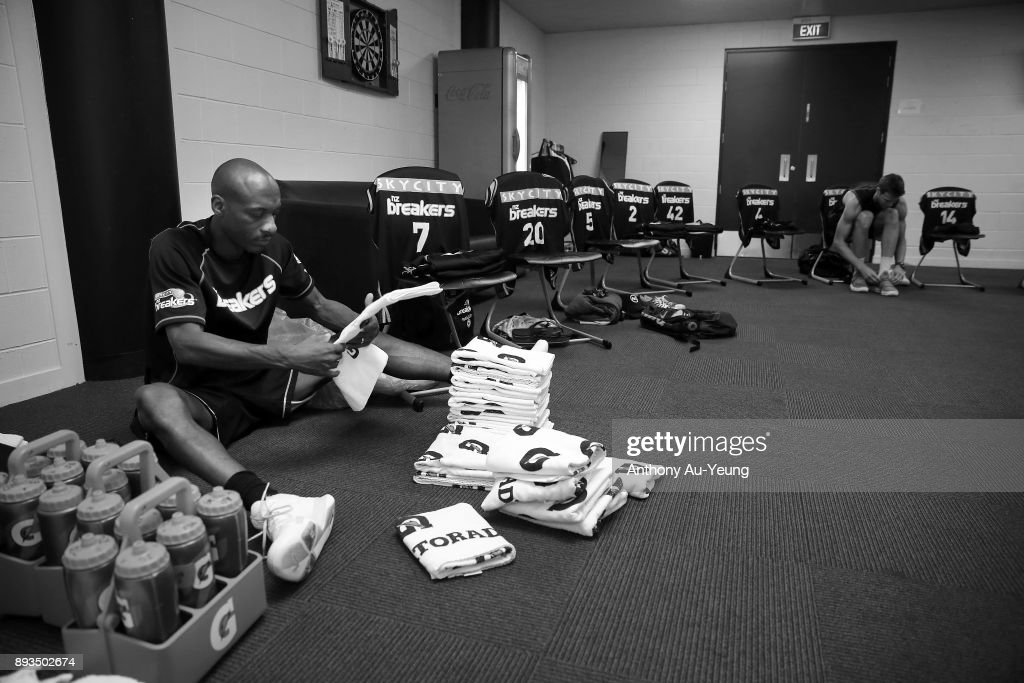 Team Manager Justin Bailey of the Breakers prepares for the team in the dressing room prior to the round 10 NBL match between the New Zealand Breakers and the Adelaide 36ers at Spark Arena on December 15, 2017 in Auckland, New Zealand.