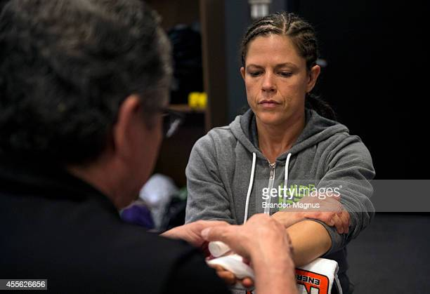 Team Melendez fighter Emily Kagan gets her hands wrapped before facing team Pettis fighter Joanne Calderwood during filming of season twenty of The...