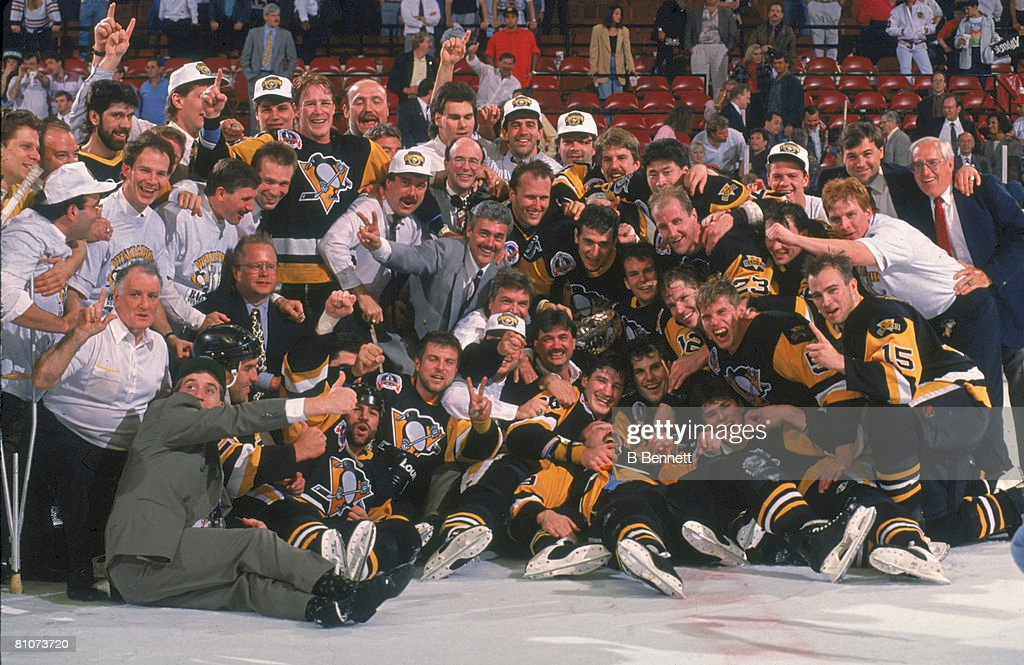 1992 Stanley Cup Champions - The Pittsburgh Penguins : News Photo