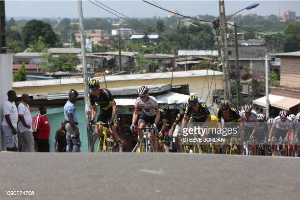 Team members of the Italy/Direct Energie team compete against team members of the German/ArkéaSamsicride team through the streets of Libreville...