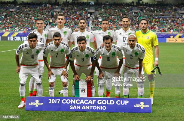 Team Mexico poses before the game against Curaco during the 2017 CONCACAF Gold Cup at Alamodome on July 16 2017 in San AntonioTexas