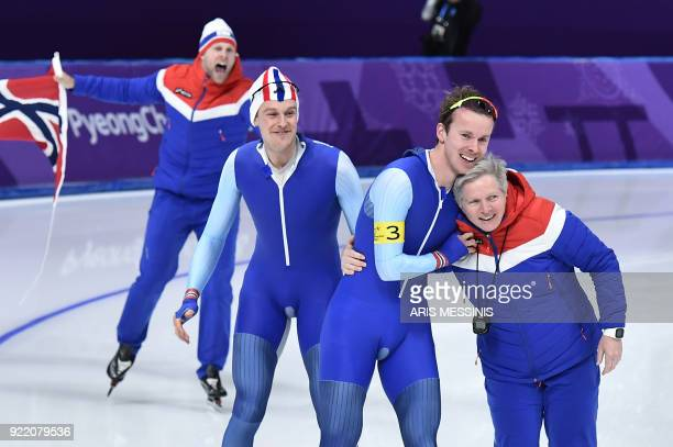 TOPSHOT Team Norway celebrates winning the gold medal in the men's team pursuit final A speed skating event during the Pyeongchang 2018 Winter...