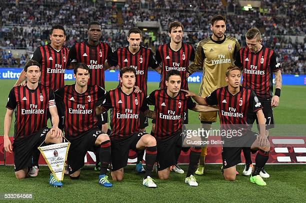 Team of AC Milan prior the TIM Cup match between AC Milan and Juventus FC at Stadio Olimpico on May 21 2016 in Rome Italy