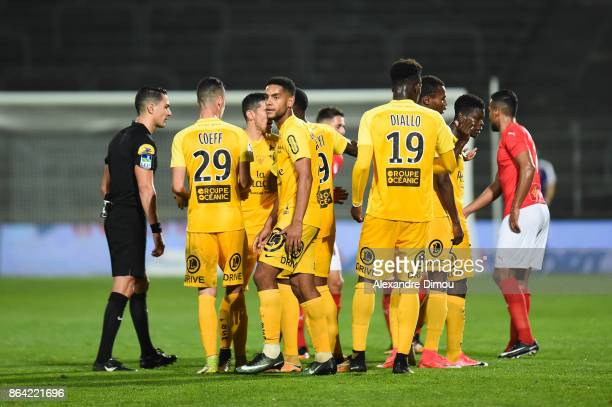 Team of Brest looks dejected after second red card during the Ligue 2 match between Nimes Olympique and Stade Brestois at on October 20 2017 in Nimes...