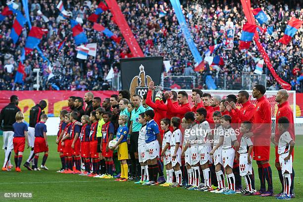 Team of Caen and Team of Nice during the Ligue 1 match between SM Caen and OGC Nice at Stade Michel D'Ornano on November 6, 2016 in Caen, France.