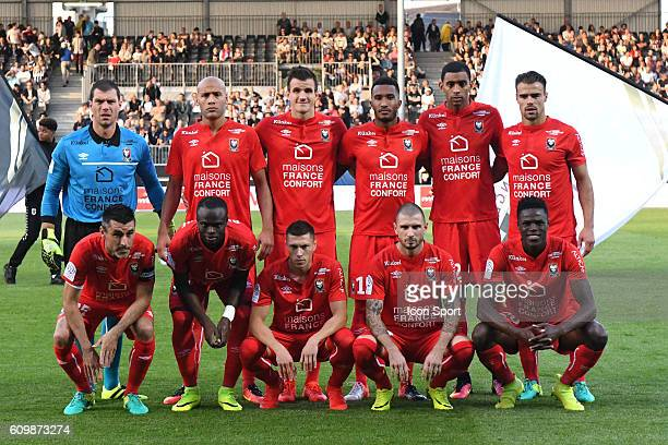 Team of Caen in line up during the Ligue 1 match between Angers Sco and SM Caen at Stade Jean Bouin on September 21, 2016 in Angers, France.