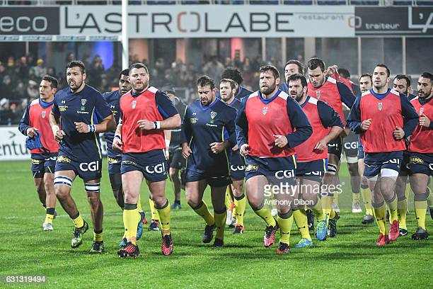 Team of Clermont during the Top 14 match between Clermont Auvergne and RC Toulon on January 8 2017 in ClermontFerrand France