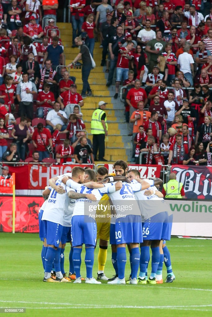 team of Darmstadt during the Second Bundesliga match between 1. FC Kaiserslautern and SV Darmstadt 98 at Fritz-Walter-Stadion on August 4, 2017 in Kaiserslautern, Germany.