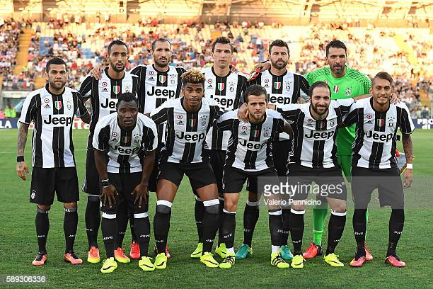 Team of FC Juventus line up during the PreSeason Friendly match between FC Juventus and Espanyol at Alberto Braglia Stadium on August 13 2016 in...