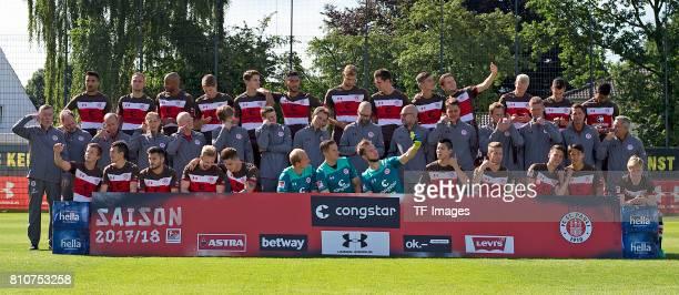 Team of FC Sankt Pauli Back Sami Allagui Bernd Nehrig Christopher Avevor Daniel Buballa LucaMilan Zander Aziz Bouhaddouz Lasse Sobiech Johannes Flum...