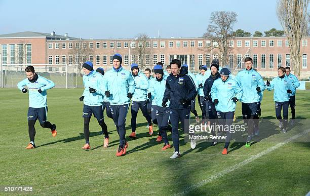 Team of Hertha BSC during the training session at Schenkendorfplatz on February 17 2016 in Berlin Germany