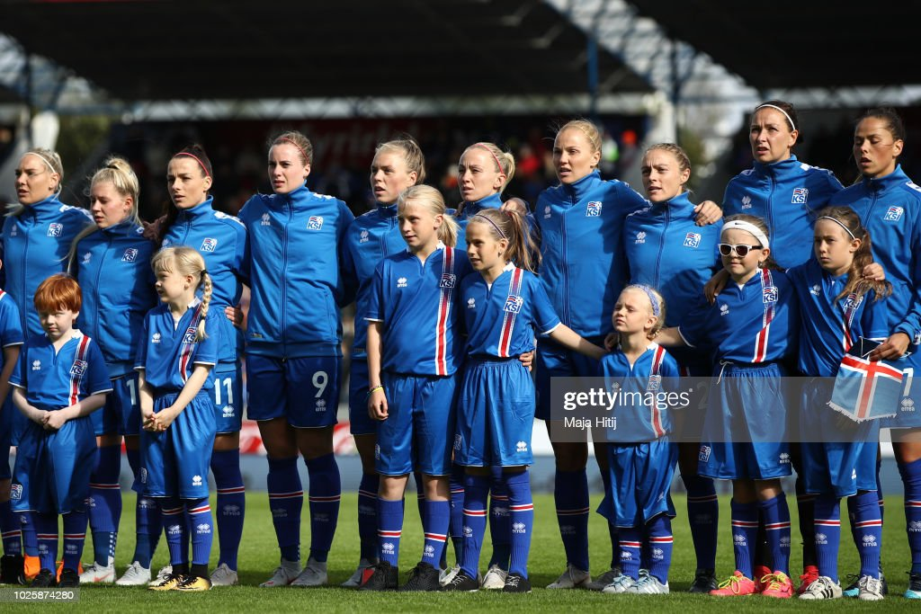 Iceland Women's v Germany Women's - 2019 FIFA Women's World Championship Qualifier : News Photo