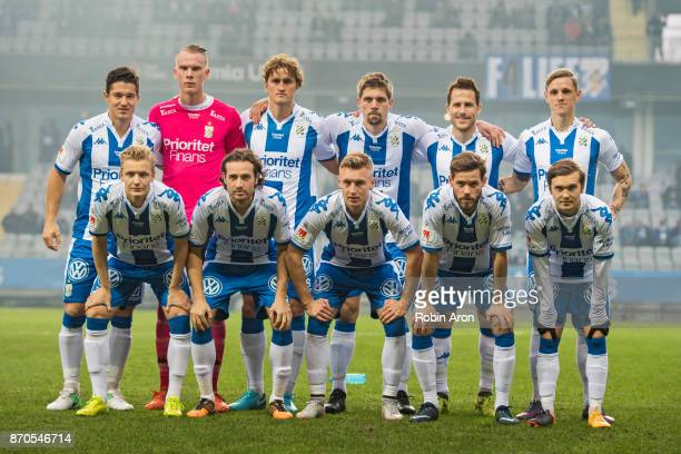 Team of IFK Goteborg before the Allsvenskan match between IFK Goteborg and GIF Sundvall at Gamla Ullevi on November 5 2017 in Gothenburg Sweden