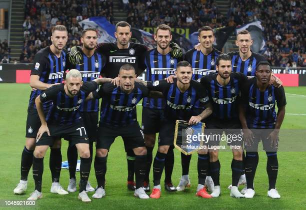 Team of Inter pose for photo prior the serie A match between FC Internazionale and ACF Fiorentina at Stadio Giuseppe Meazza on September 25 2018 in...