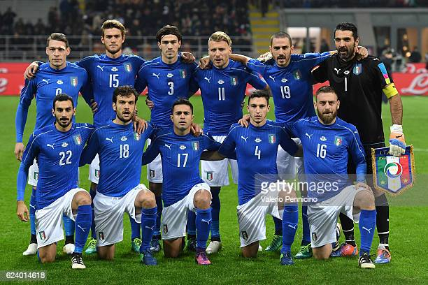 Team of Italy line up during the International Friendly Match between Italy and Germany at Giuseppe Meazza Stadium on November 15 2016 in Milan