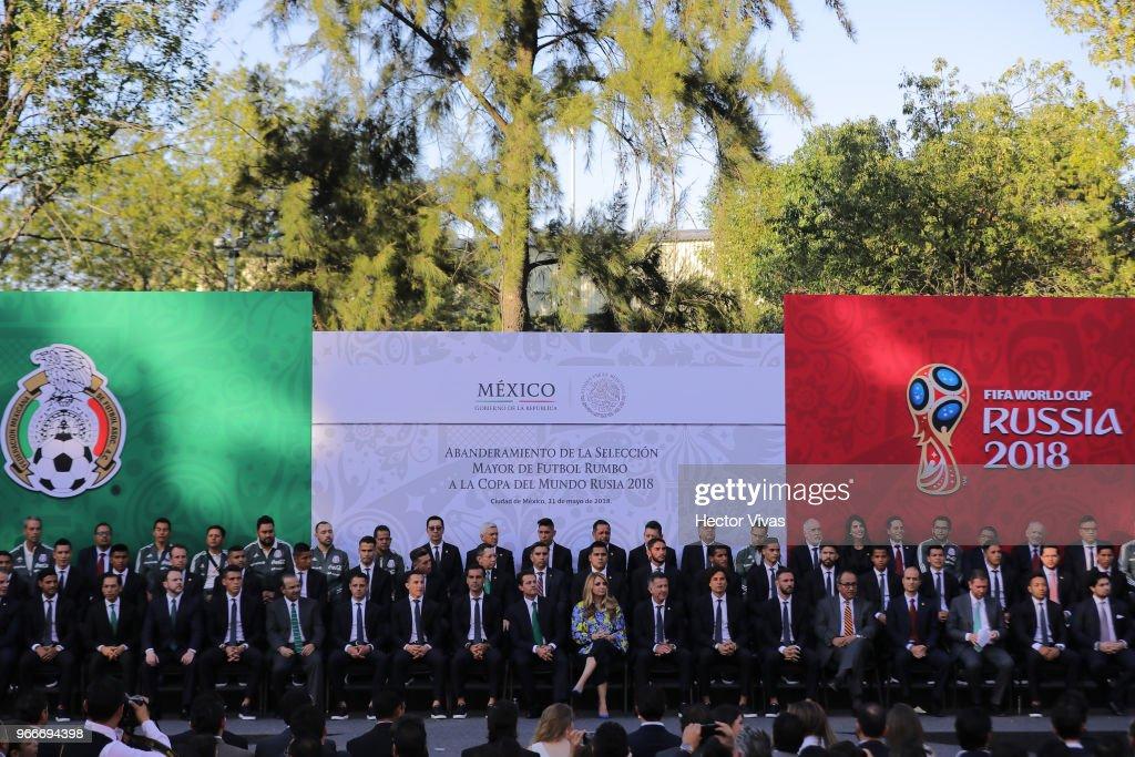 Enrique Pena Nieto Farewells Mexico National Team Ahead of the 2018 FIFA World Cup Russia : News Photo