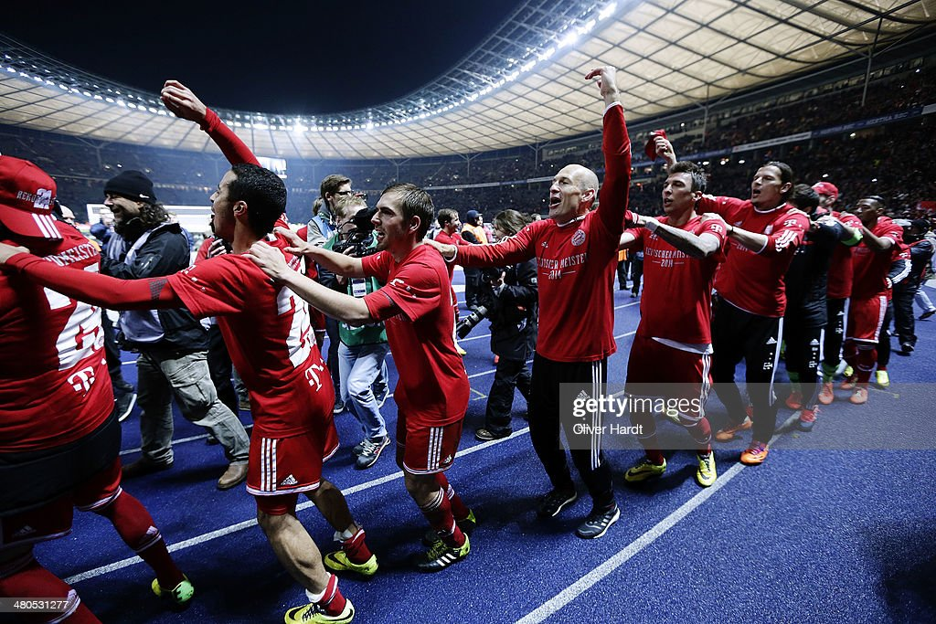 Team of Munich celebrates after the Bundesliga match between and Hertha BSC and FC Bayern Muenchen at Olympiastadion on March 25, 2014 in Berlin, Germany.