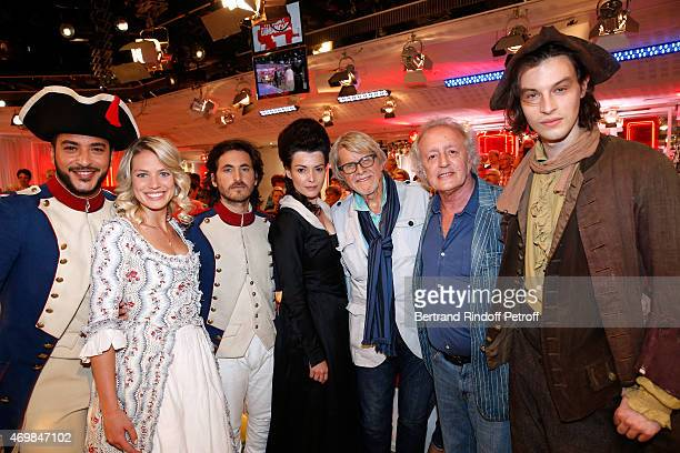 Team of Musical Comedy 'Marie Antoinette et le Chevalier de Maison Rouge' Slimane Aurore Delplace Mickael Miro Kareen Antonn Michel Le Royer Autor...