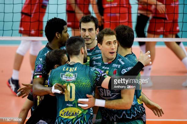 Team of Perugia celebrates during the CEV Champions League match Chaumont 52 and SIR Safety Perugia on March 14 2019 in Reims France