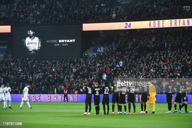 Team of PSG tribute for Kobe BRYANT during the Ligue 1 match between Paris and Montpellier at Parc des Princes on February 1 2020 in Paris France