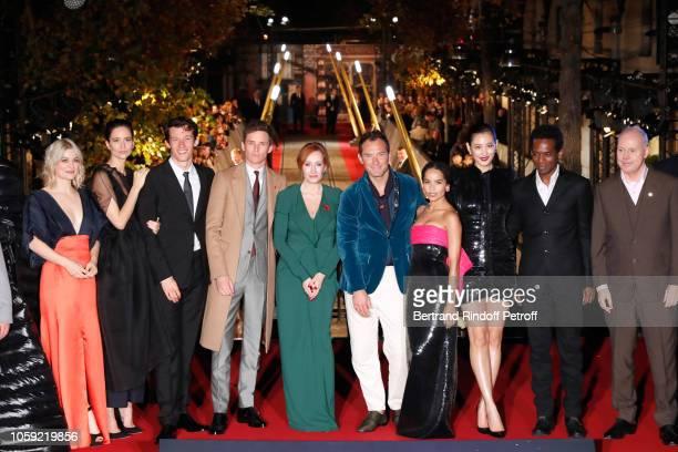 Team of the movie Alison Sudol Katherine Waterston Callum Turner Eddie Redmayne JK Rowling Jude Law Zoe Kravitz Claudia Kim William Nadylan and David...