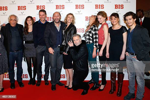 Team of the movie : Gerard Darmon, Guest, Julien Boisselier, Kad Merad, Alexandra Lamy, Franck Dubosc, Guest, Eden Ducourant, Anne Girouard and...
