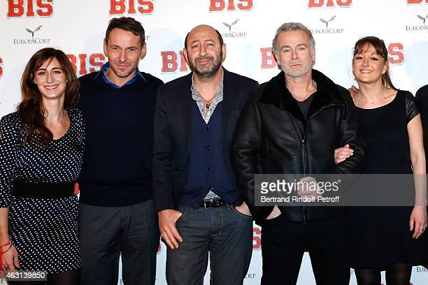 Team of the movie : Guest, Julien Boisselier, Kad Merad, Franck Dubosc and Anne Girouard attend the 'Bis' Movie Paris Premiere at Cinema Gaumont...